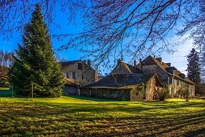 Acheter un ancien corps de ferme en Haute Loire